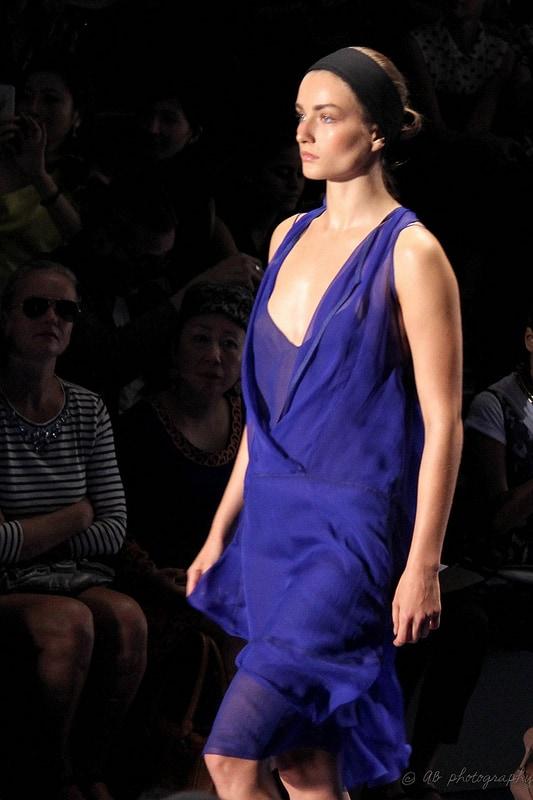Vera Wang Spring 2014 - Dazzling Blue
